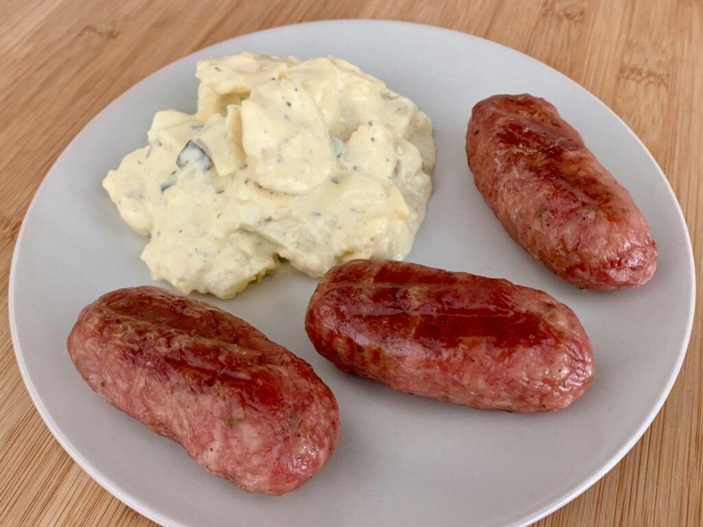 Salsiccia mit Kartoffelsalat