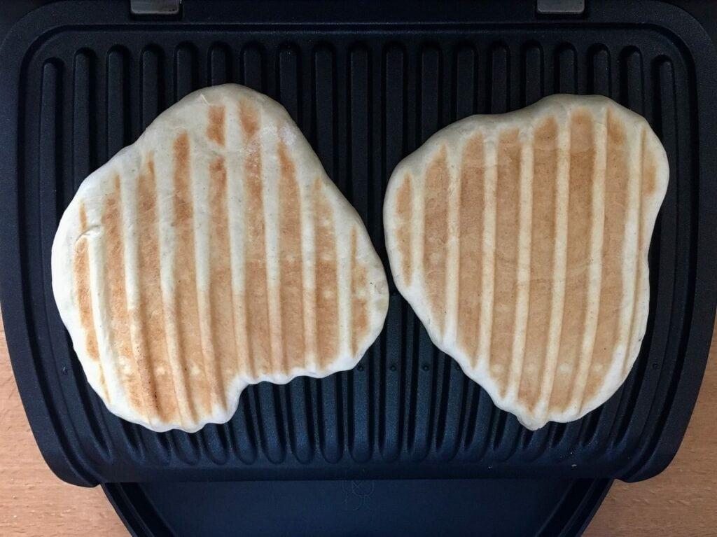 Brot im Kontaktgrill grillen