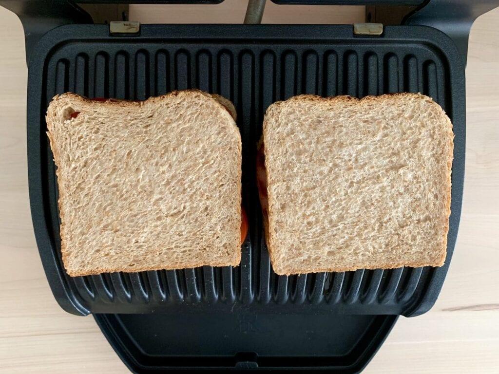 Fleischkäse Sandwich Kontaktgrill grillen
