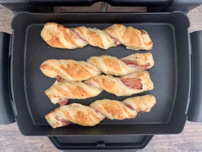 Gebackene Bacon Kaese Stangen OptiGrill Backschale