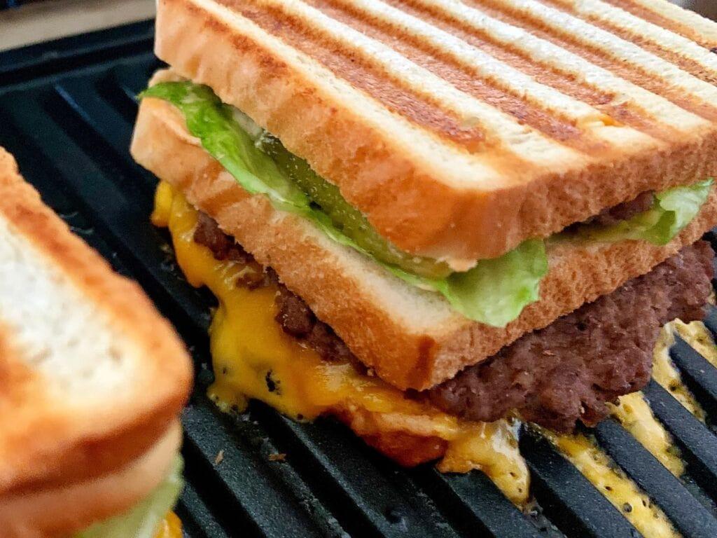 Gegrilltes Big Mac Sandwich OptiGrill