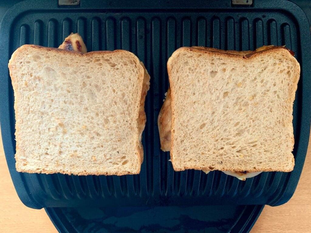 Hähnchen Sandwich grillen