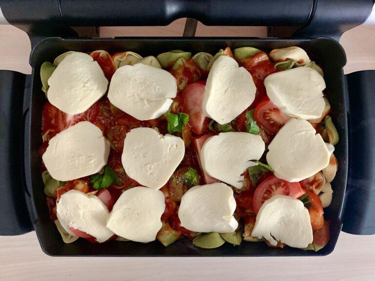 Mozzarella Scheiben Tortellini Auflauf