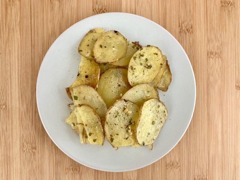 OptiGrill Backschale Rezept Knoblauchbutter Kartoffeln