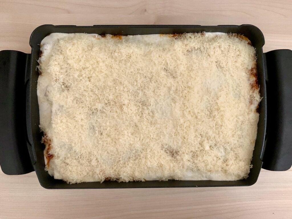 Parmesan Lasagne streuen