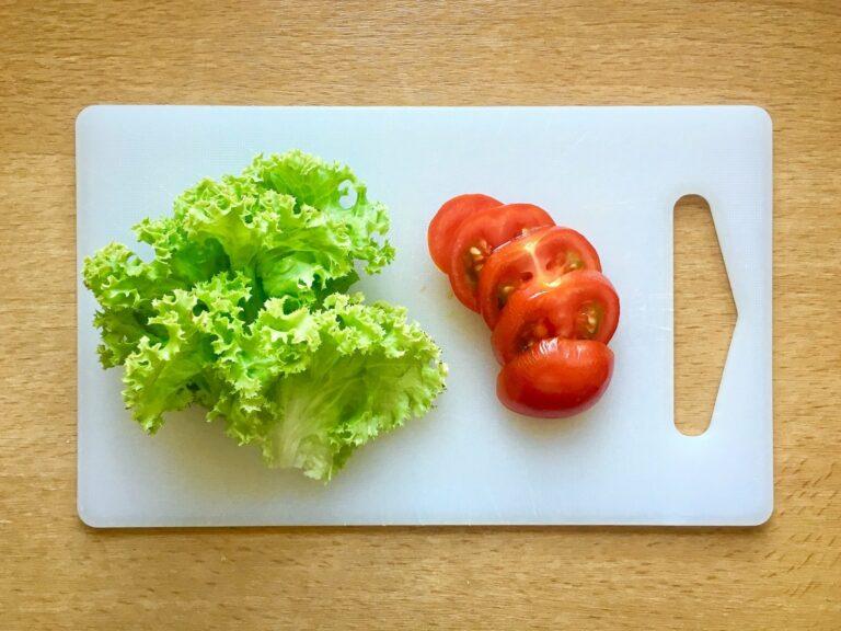Salat Tomate waschen schneiden