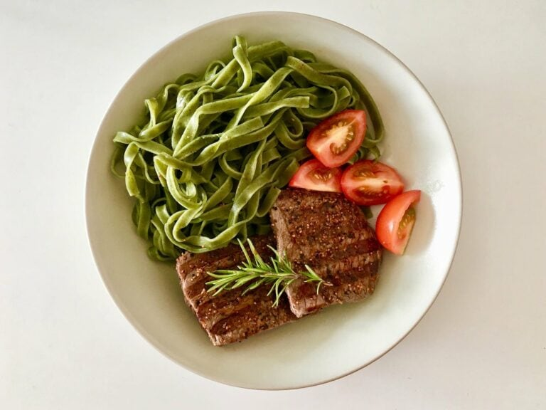 Steak Spinat Nudeln